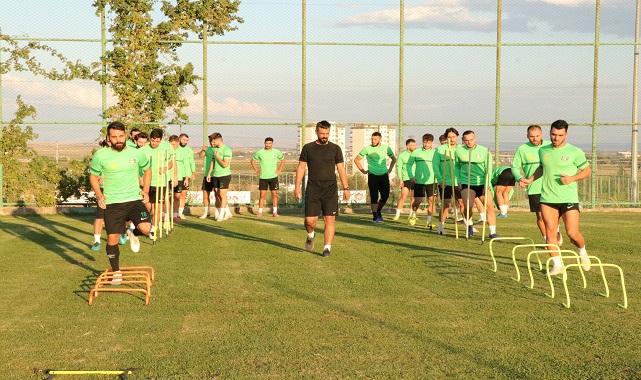 Urfa ekibi Tosun ile hazırlıklarını sürdürüyor