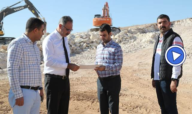 Mehmet Kuş, inşaatı devam eden fabrikaları inceledi