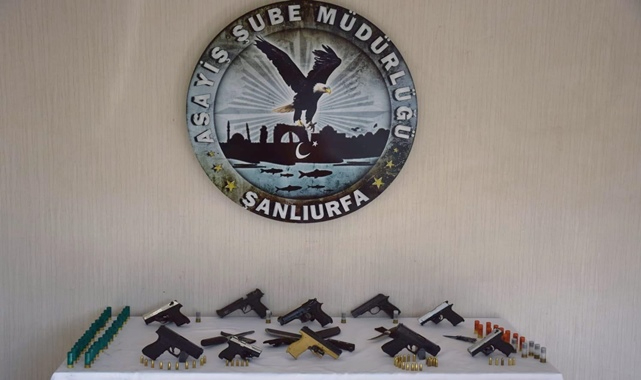Şanlıurfa'da silah operasyonu: Tüfek, tabanca ve pala ele geçirildi